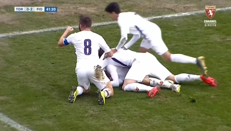 """""""Cigan m***"""" , degjenerohet në ndeshje futbollisti serb"""