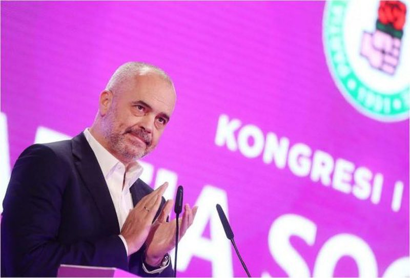 """S'ka luftë brenda PS"", deputeti socialist zbulon"