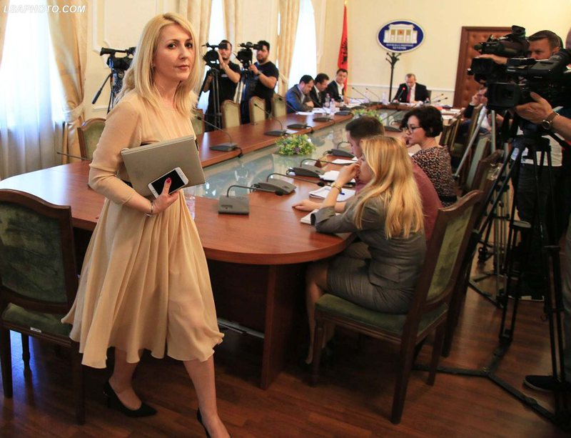 Vettingu për dy gjyqtarët e Tiranës, në skenë rishfaqet
