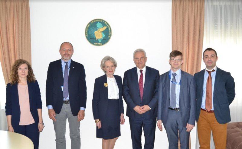 Vëzhgimi i zgjedhjeve/ Delegacioni i OSBE/ODIHR zbarkon në