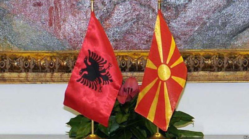 OBRIE: Shqiptarët në Maqedoni duhet të kenë status