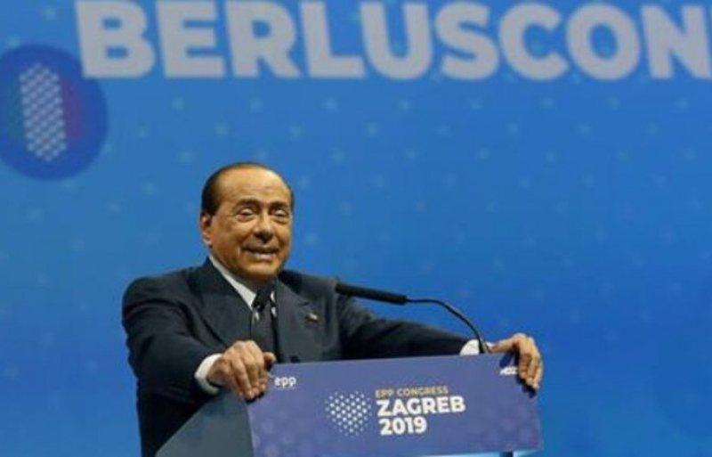 Berlusconi: Kini kujdes nga komunizmi