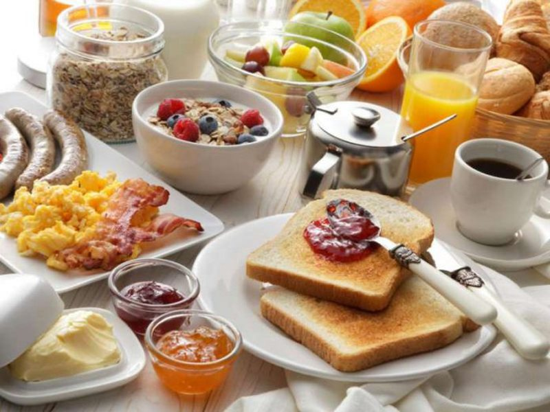 Ushqimet që konsumojmë gabim çdo mëngjes