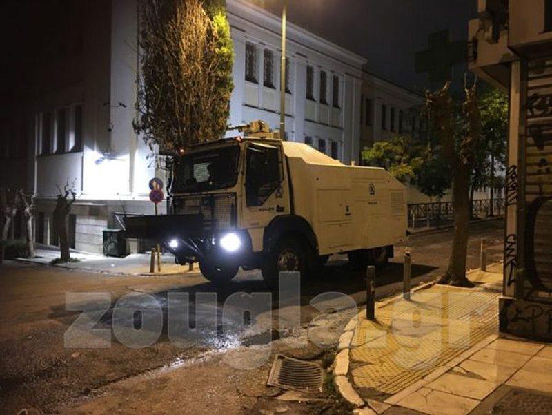 Shpërthejnë protesta të dhunshme, Athina e Selaniku në