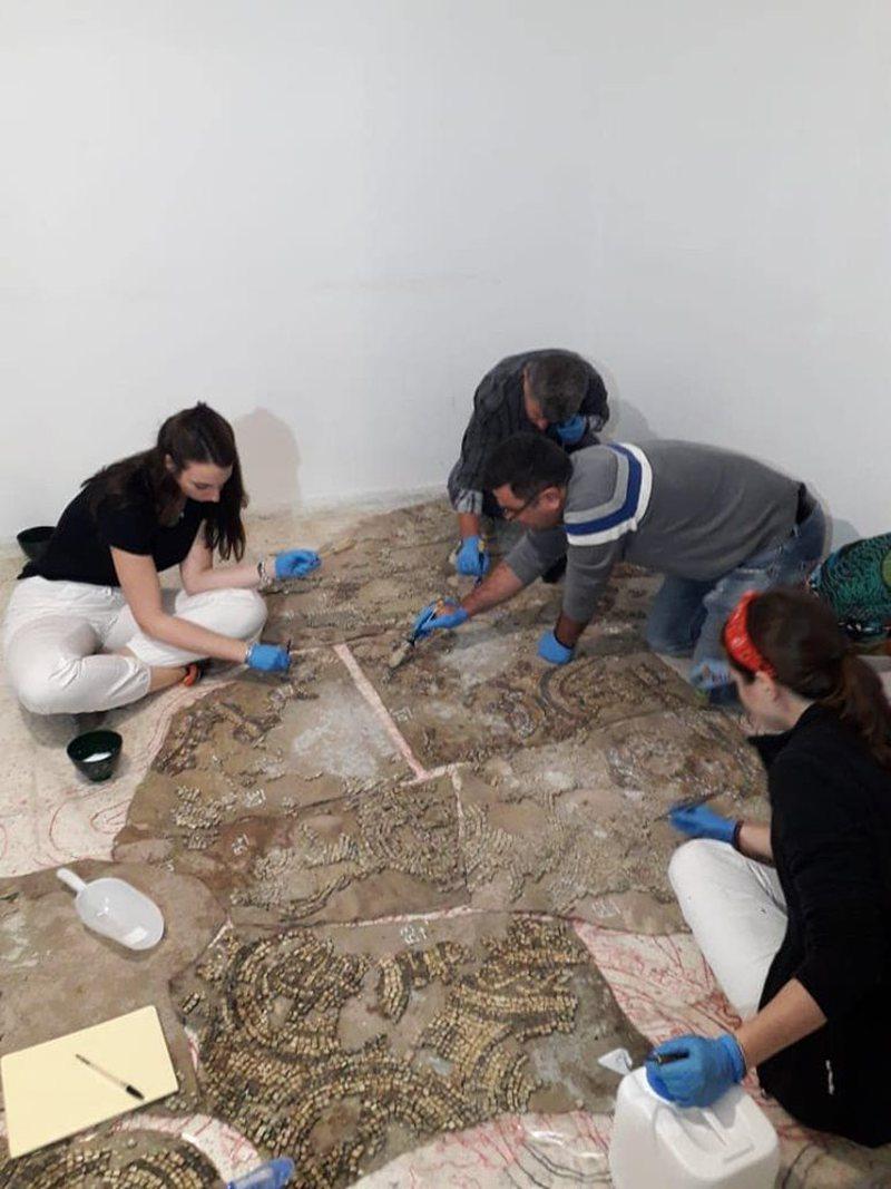 """Mozaikët e parkut të """"Apollonisë"""", vazhdon puna"""