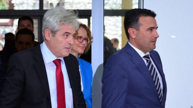 """""""Fshesa"""" e paralajmëruar nga kryeministri, Ahmeti dhe Zaev"""