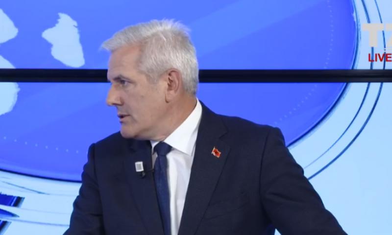 VV paralajmëron Thaçin, Sveçla: Mund të përfundosh