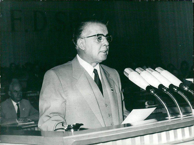 CIA zbardh detajet, ja sa anëtarë kishte Partia Komuniste më 1956