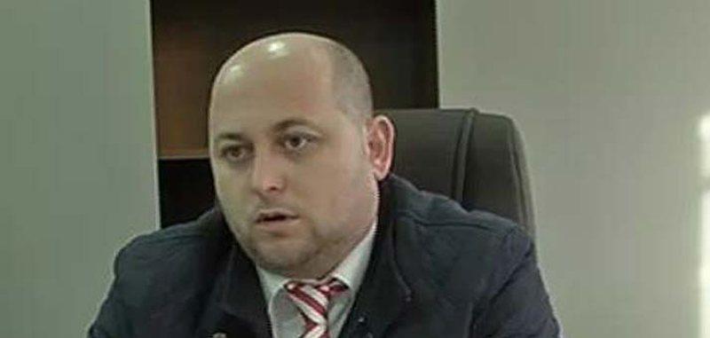 Shkarkohet nga detyra drejtori i Hipotekës në Vlorë, ja kush e