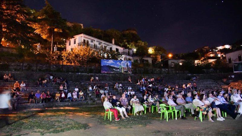 """""""Open Cinema"""" zbret në Gjirokastër, për 4 netëdo"""