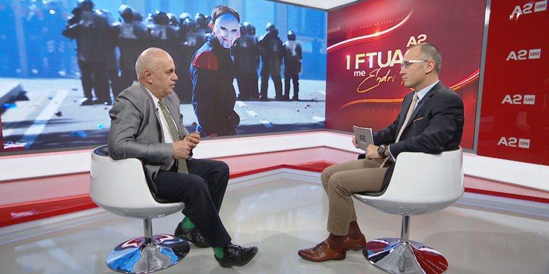 """""""Nga spektakël në tragjedi"""", Artan Fuga e thotë hapur:"""