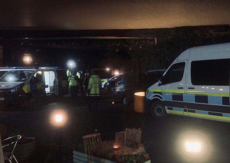 Arrestohen 14 shqiptarë në një fshat anglez, Ministria e