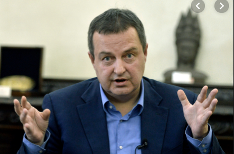 Shtohen tensionet Kosovë-Serbi? Ministri i Jashtëm serb