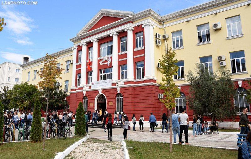 Rinisja e procesit mësimor pas tërmetit, 4 Dekanët e fakulteteve