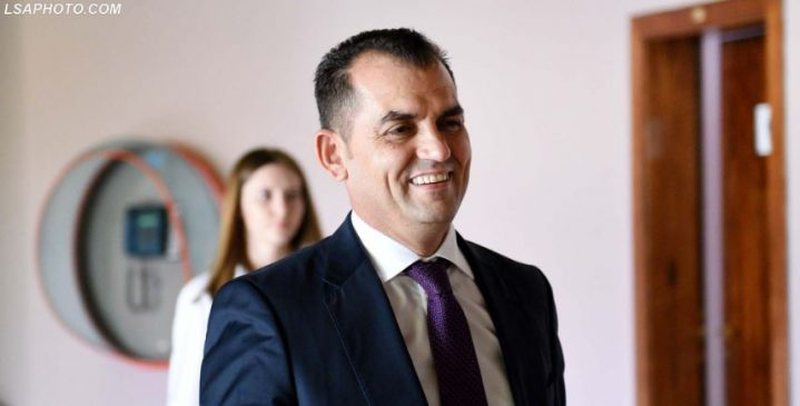 Nis plotësimi i Gjykatës Kushtetuese, Besnik Muçi betohet para