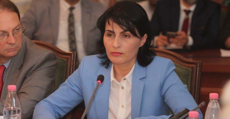Olsian Çela u zgjodh kryeprokurori i ri, 78 deputetë abstenuan ndaj
