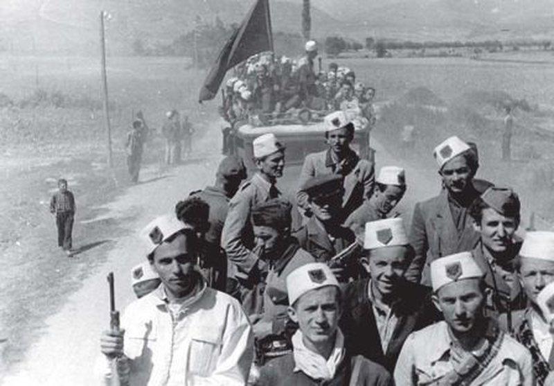 CIA zbardh përçarjet brenda Ballit Kombëtar, Hasan Dosti ishte