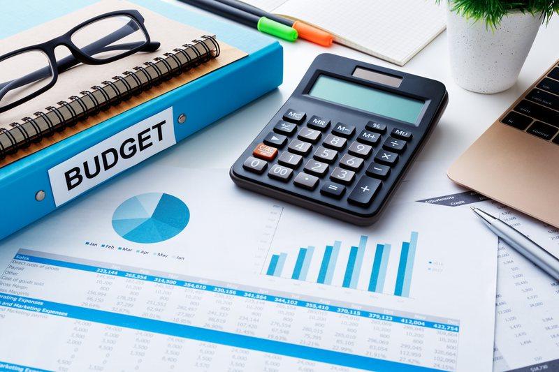 Qeveria bën bilancin, rritja ekonomike shkon 3,81%, përmirësohen