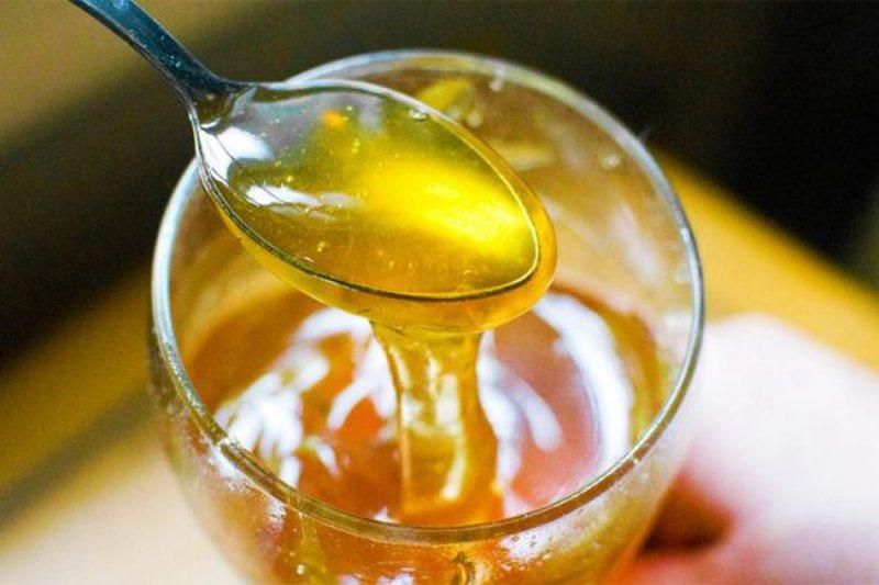 4 mënyrat si ta përdorni mjaltin për një lëkurë