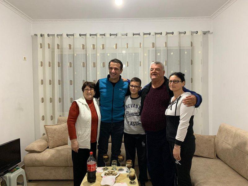 Tërmeti i 26 nëntorit i la pa shtëpi, familja Hashani hyn në