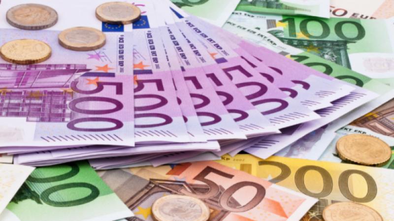 Euro nuk ndal rritjen, arrin nivelin më të lartë që nga
