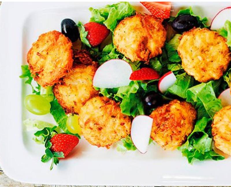 Qofte me patate dhe qepë të njoma, receta e thjeshtë që mund