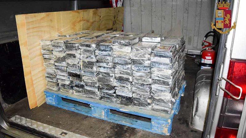 Kapen 25 milionë euro kokainë në Livorno