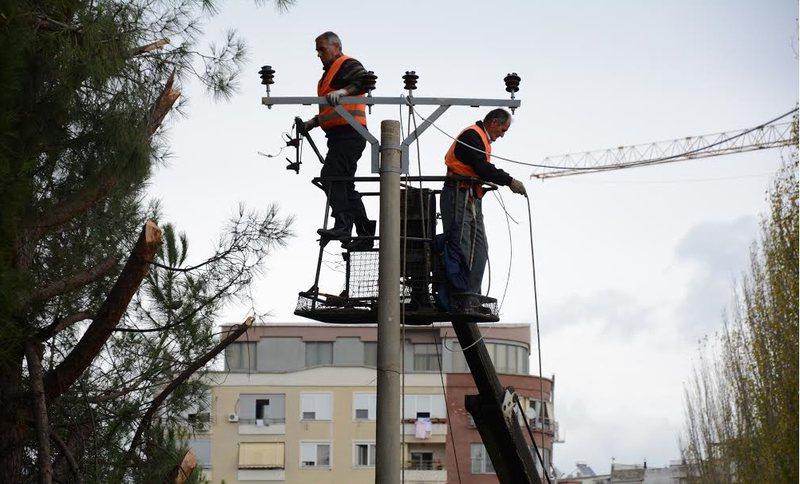 Punime në rrjet/ Tirana dy ditë pa drita, mësohen  zonat dhe