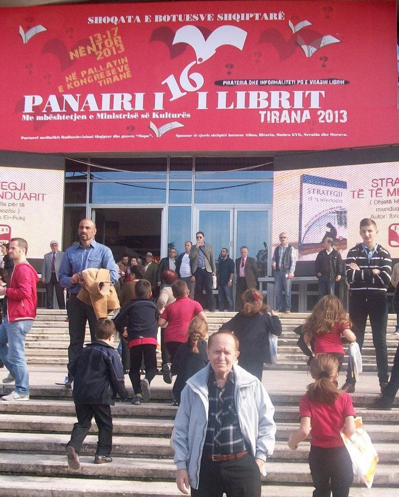 "Panairi i Librit ""Tirana 2013"" jo siç e prisnin botuesit,"