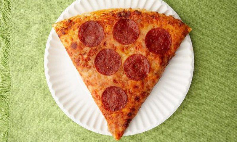 A e dini sa orë ecje ju duhen për tretjen e një pice? Studiuesit