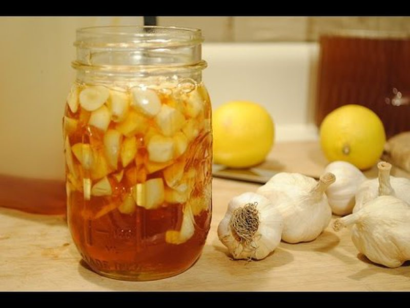 Hani për 7 ditë çdo mëngjes hudhër me mjaltë dhe do të ngeleni pa fjalë nga ajo që do t'i ndodhë trupit tuaj (Sidomos për ata që vuajnë nga diabeti dhe sëmundjet