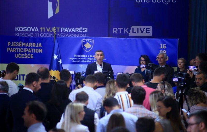 Kosovë, Veseli fton partitë të përmbahen nga gjuha e