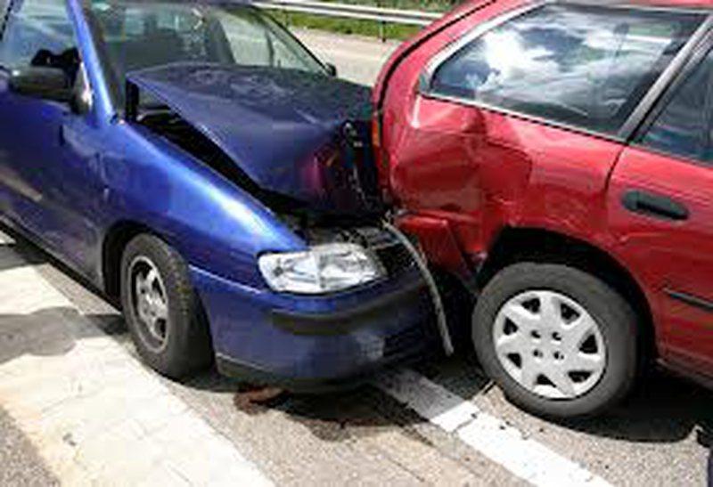 5 automjete aksidentohen në autostradën Tiranë-Durrës, shkak