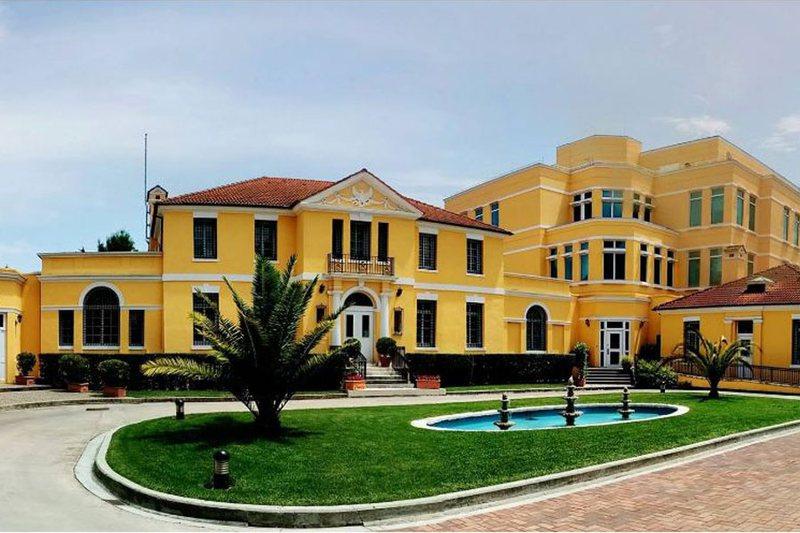 Ambasada Amerikane në Tiranë reagon pas vendimit të BE për