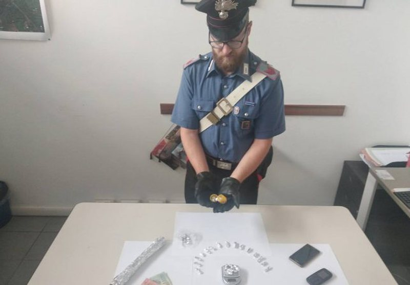 Përdorte apartamentin për të shitur kokainën, Policia