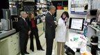 Obama, Melinda Gates dhe Fauci mbikqyrësit e laboratorit të Wuhanit