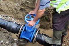 Zbardhet raporti vjetor i ERRU, gati rritja e çmimit të ujit,