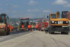 Qeveria tërhiqet nga koncesioni për aksin Thumanë-Kashar, privati
