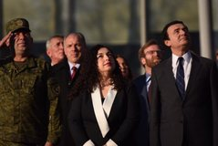 Kosova feston Pavarësinë, homazhe në memorialin e Adem Jasharit,