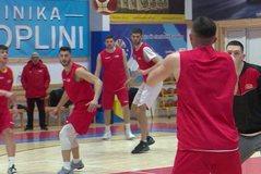 Shqipëria e basketbollit i nis me humbje paraeliminatoret e Botërorit,