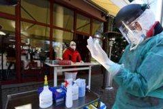 FOTO/ Rrugët zbrazen prej koronavirusit, lindja e Londrës pushtohet