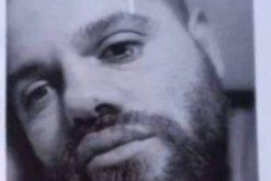 Terrorizonte kalimtarët me thikë, e pëson keq 30-vjeçari