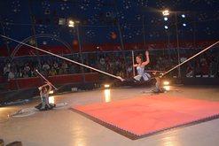 Cirku Kombëtar nis shfaqjet në arenë, artistët me numrat