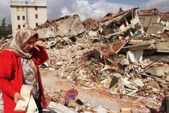 Tërmeti tragjik/ Rritet bilanci i viktimave në Turqi
