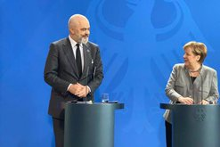 Shengeni Ballkanik/ Rama flet pas takimit me Merkel: Gjermania mbështet