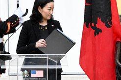 Deklarata e parë e ambasadores së SHBA-së në shqip, befason