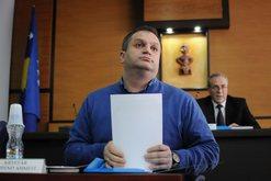 Tepricat e buxhetit të Prishtinës, politika kërkon