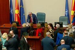 Zgjedhje të parakohshme, shpërndahet parlamenti i Maqedonisë