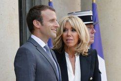 Plas keq sherri mes Zonjave të Para në Francë, e dashura e