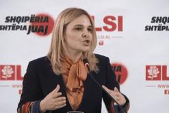 """Pas fyerjeve ndaj ministres Gjonaj nga Shkodra, Kryemadhi """"e shtron"""""""